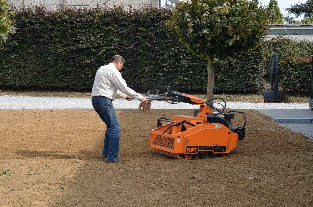 Mat riel de jardinage achat location et occasion genin for Les decoratives brut de terre